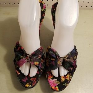 Beautiful BUTTERFLY Wedge Sandals