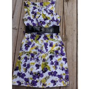 Floral print dress with black belt