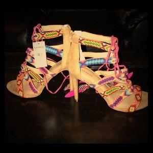 Express sandal/heels