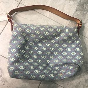 Excellent used, Dooney and Bourne Canvas purse.