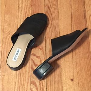 Steve Madden Briele Leather Mules