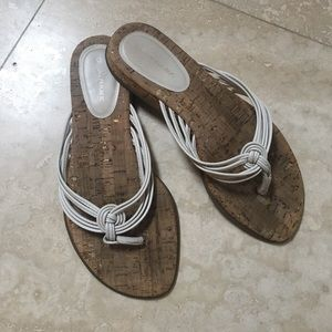 Banana Republic. Cork & Leather Slides. 7