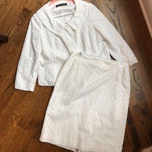 White eyelet Albert Nipon suit