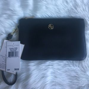 NEW Adrienne Vittadini iPhone Charing Wallet