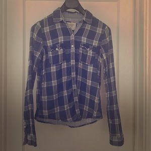 Abercrombie & Fitch blue plaid double-layer shirt.