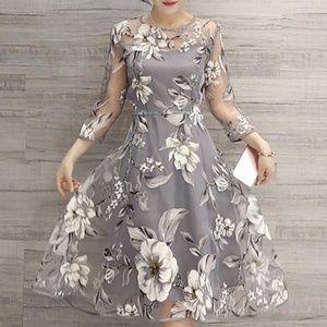 Burlap Apparel NWOT Floral Dress
