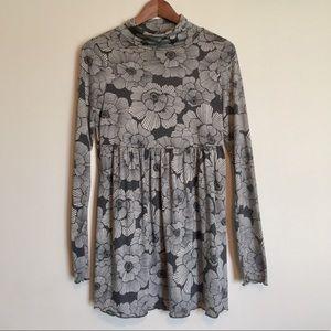 Grey flower print babydoll style tunic