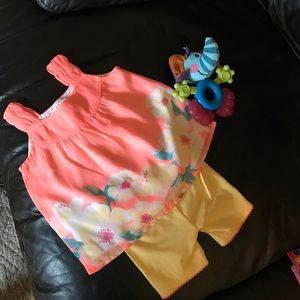 2 pc. Infant 👶 outfit. & free wipes box
