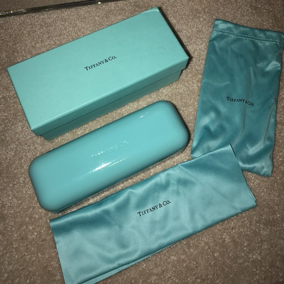 892a777bf04 Accessories - Authentic Tiffany glasses box and case