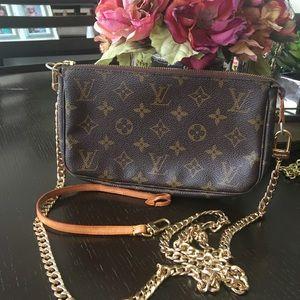 Louis Vuitton pouchette -chain crossbody