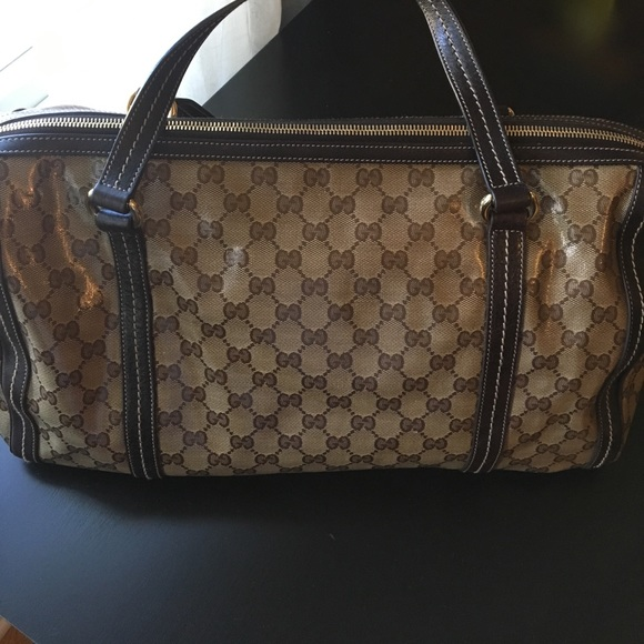 31765233341b Gucci Bags   Gently Used Authentic Purse   Poshmark