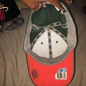 Nike Accessories - UM University of Miami men's legacy dry fit hat
