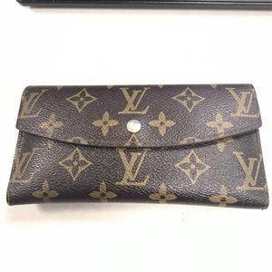 Authentic Louis Vuitton wallet! Great condition!