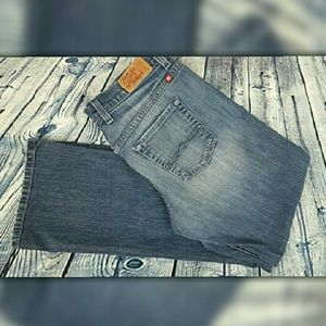 Lucky Brand bootcut jeans. Size 8/28.