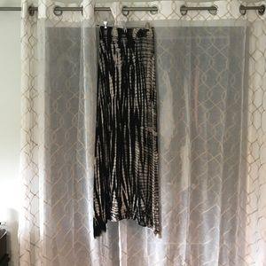 Black/tan maxi skirt