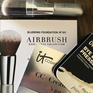 It Cosmetics Blurring Foundation Airbrush&Samples