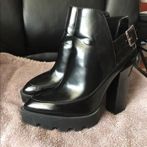 ZARA track sole booties / boots black size 7.5