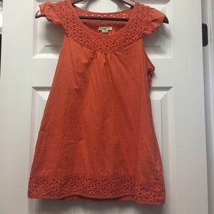 Forever 21 eyelet coral top sz M