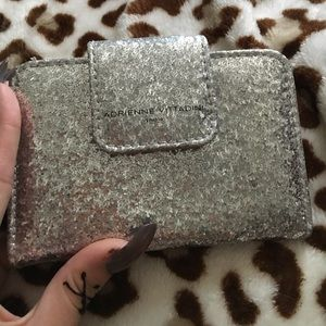 Great wallet never used ..expensive wallet