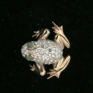 Carolee Limited addition 1992 frog pin