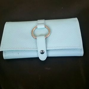 Jewelry carrier