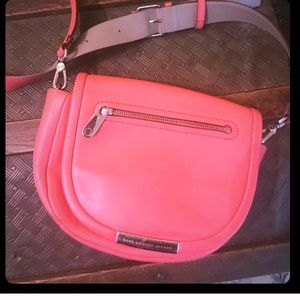 Marc jacobs coral cross body
