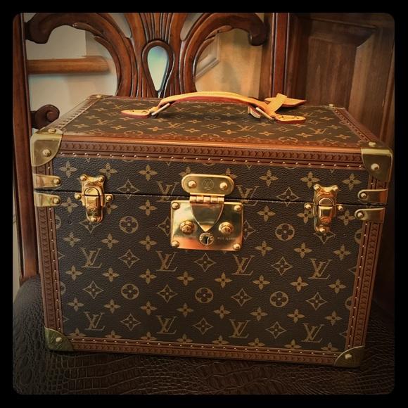 best loved d4db2 eb639 Vintage Louis Vuitton Makeup Case