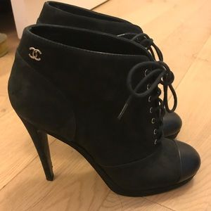 CHANEL CC logo ankle booties Sz 38.5