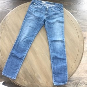 AG The Stilt Cigarette Leg Jeans 29 Light Wash EUC