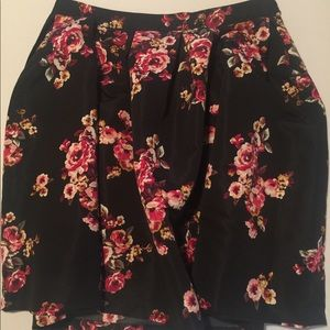 Beautiful floral plus size skirt