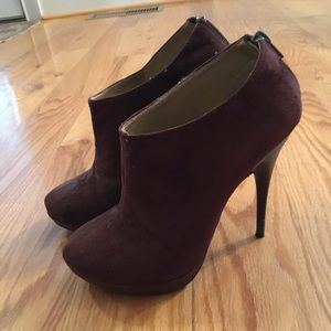 Michael Antonio brown Swede booties size 6.5