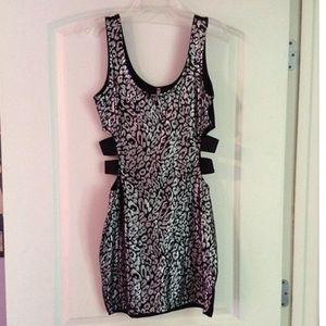 Dresses & Skirts - Dress size medium!
