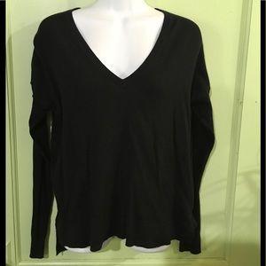 GAP - Black V-Neck LS Oversized Sweater