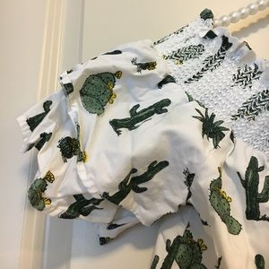 Francesca's Collections Tops - Francesca's Cactus Top 🌵