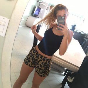 Leopard shorts 😻