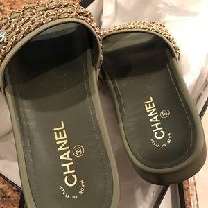 Chanel Slides