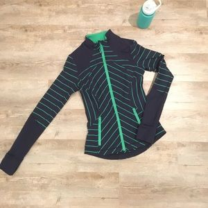 lululemon navy and green jacket
