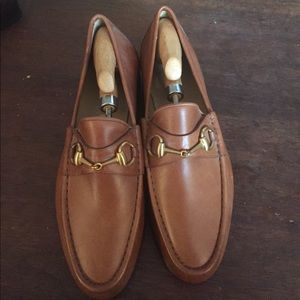 Gucci tan leather size 9 loafers