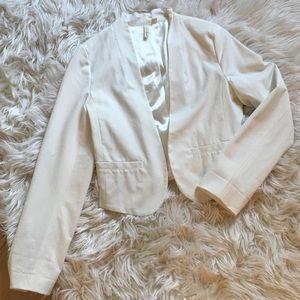 Frenchi Brand White Cropped Blazer