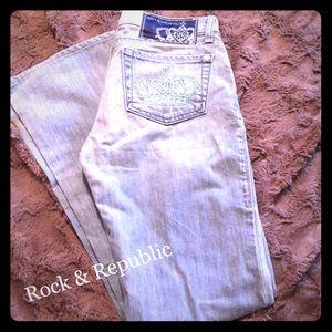 🆕Rock & Republic Light Wash Jeans Size 26. EUC