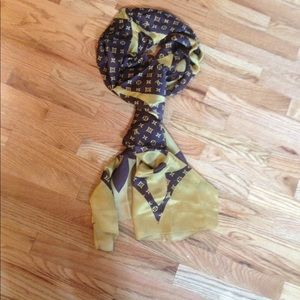Brown Louis Vuitton monogram silk scarf