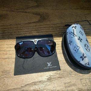 Louis Vuittonitton sunglasses