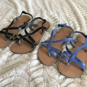 Old Navy bundle of sandals
