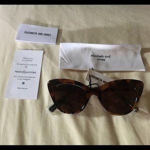 Brand new Elizabeth and James sun glasses