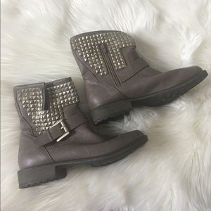 EXCELLENT CONDITION justfab boots size 7