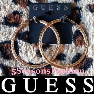 💋 GUESS Gold Tone Hoop Earrings Etched