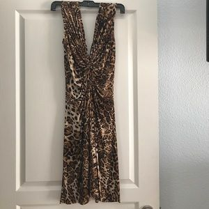 Pretty leopard dress! You can use it at any time!