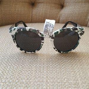 Tory Burch Sunglasses TY9044