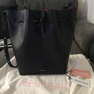 Mansur Gavriel bucket black/flamma saffiano bag