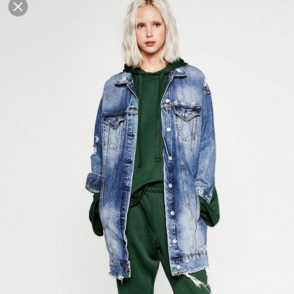 4f6ced5d Zara distressed long denim jacket